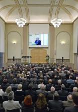 Impression der Einweihungsveranstaltung am 21. Januar 2014 – Ansprache von Roger Lewentz, rheinland-pfälzischer Minister des Innern, für Sport und Infrastruktur  (Foto: Rüdiger Buchholz)