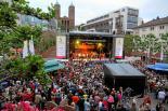 Der Rheinland-Pfalz-Tag 2013 in Pirmasens erlebte die Live-Aufführung des Songs für Pirmasens mit 250 Mitwirkenden auf der Bühne